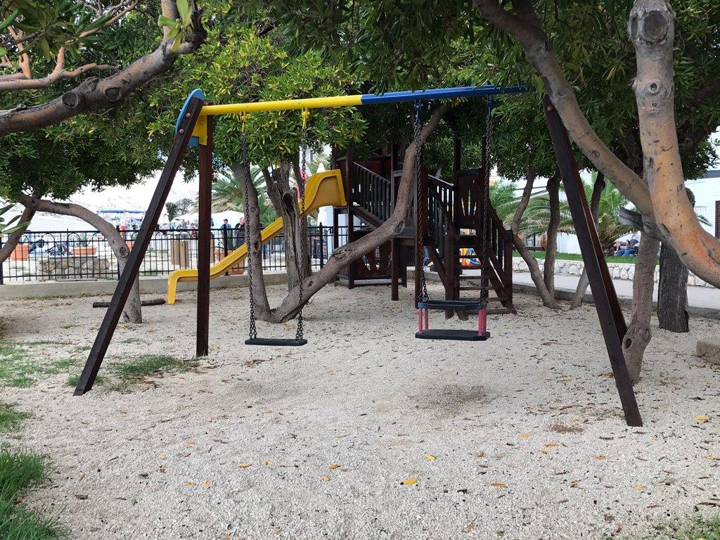 place de jeux à Pag