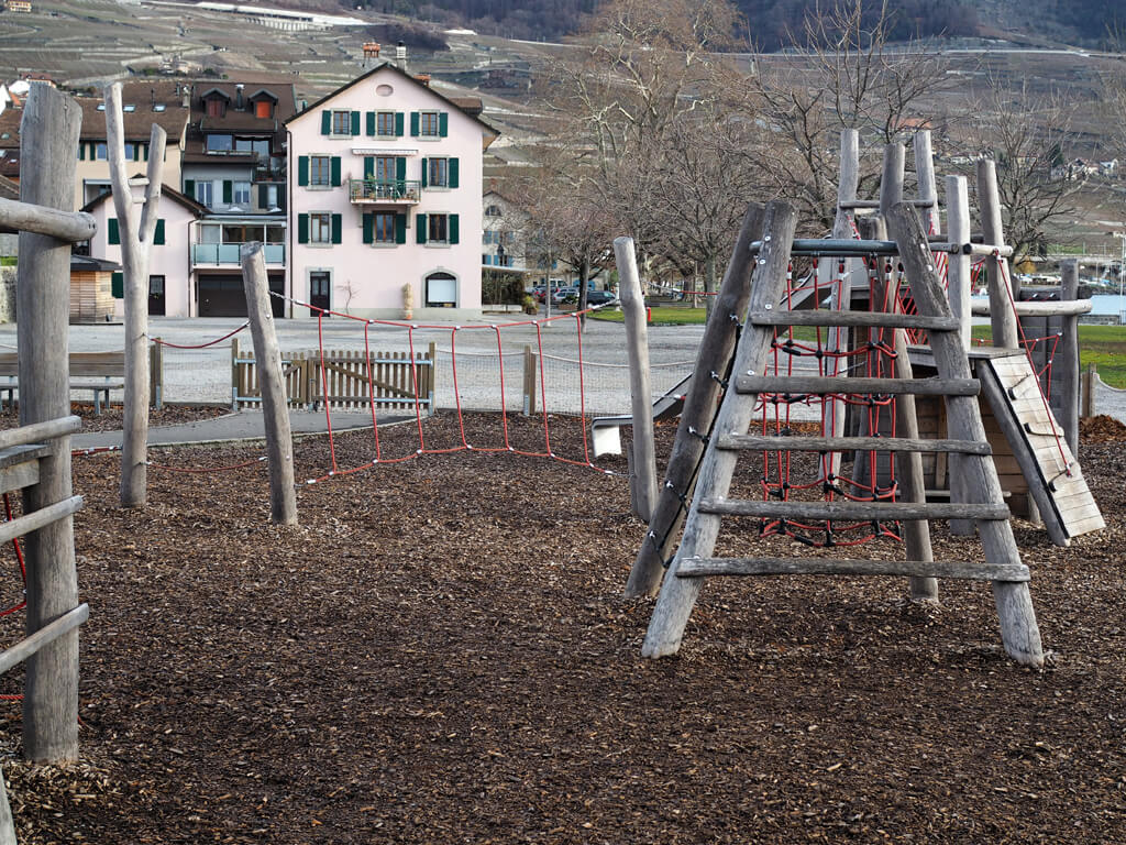 Place de jeux Cully - En balades