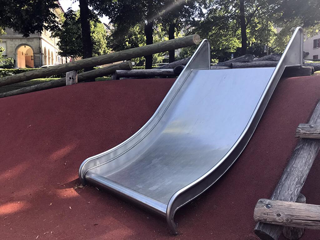 Place de Jeux du parc de Milan, lausanne